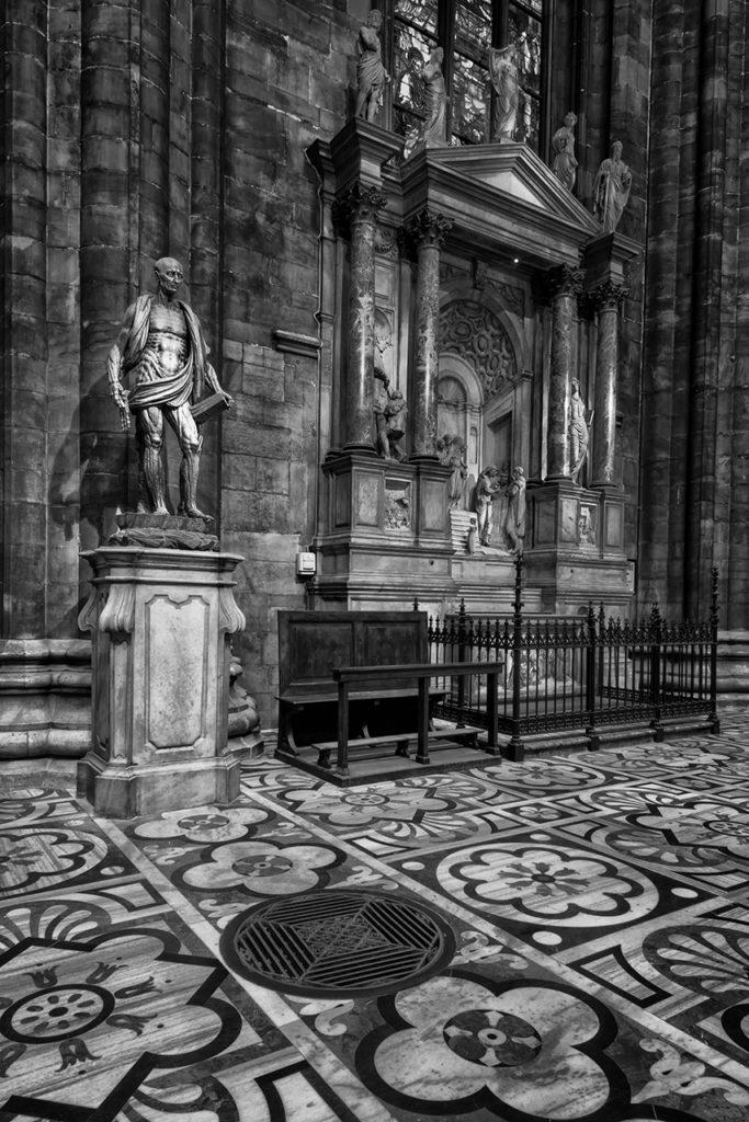 D800-Duomo Milan-0828-2014-02-26B&W