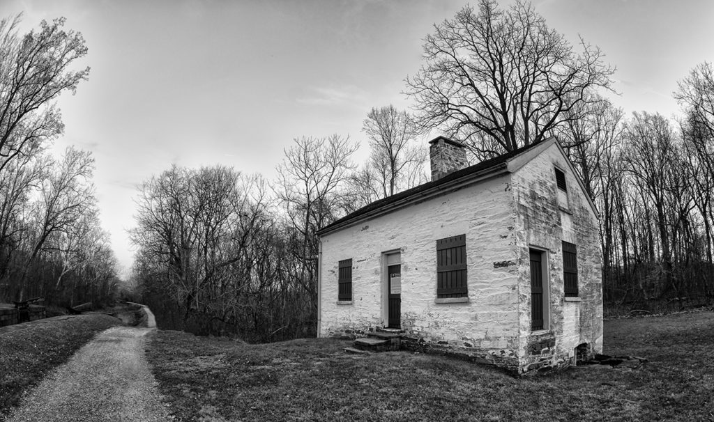 D800-C&O Lock 11 House-4281-2014-12-26B&W