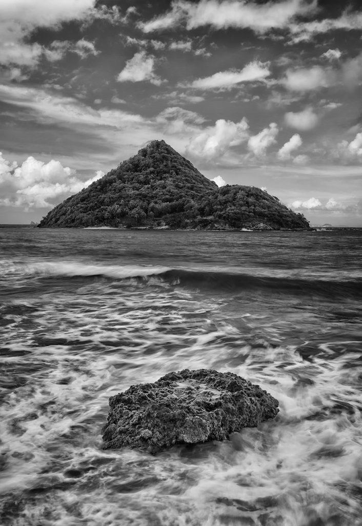 D800-Grenada Jan 2017-6505-2017-01-08BW Subtle Vignette